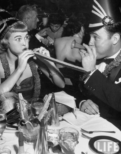 1950-vintage-new-years-eve-photo-black-and-white